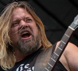 O Pepper Keenan των Down αποδέχτηκε τη συγγνώμη του Anselmo