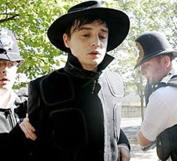 Ύποπτος για φόνο ο Pete Doherty