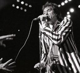 Λόγοι υγείας αναγκάζουν τον Ray Davies να ακυρώσει την περιοδεία του