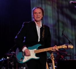 Ray Davies: «Οι Kinks θα επανενωθούν και χωρίς τον Dave Davies»