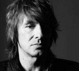 Richie Sambora: «O Jon (Bon Jovi) πρέπει να σταματήσει επιτέλους να μιλάει»