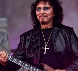 Νέα σχετικά με την κατάσταση της υγείας του Tony Iommi
