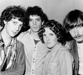 "Aκούστε μια διαφορετική εκτέλεση του ""I'm Waiting For The Man"" των Velvet Underground"