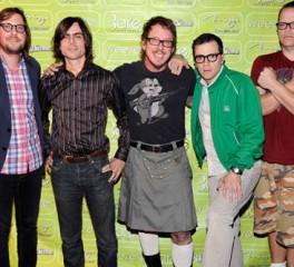 Το πρώτο κομμάτι από το επερχόμενο album των Weezer
