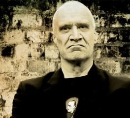 Ο κιθαρίστας των Dr. Feelgood, Wilko Johnson, συνεργάζεται με τον Roger Daltrey των Who στο τελευταίο του album