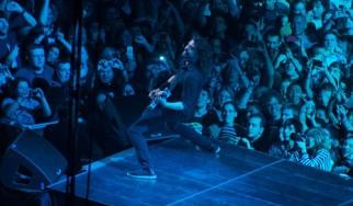 Χίλιοι Ιταλοί βρήκαν τον τρόπο να φέρουν τους Foo Fighters στην πόλη τους