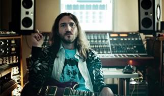 O νέος «ηλεκτρονικός» John Frusciante