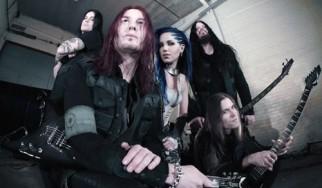Οι Arch Enemy ανακοίνωσαν την αντικαταστάτρια της Angela Gossow