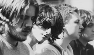 Alex Turner (Arctic Monkeys): «Ο νέος μας δίσκος έχει επιρροές από Nick Cave και David Bowie»