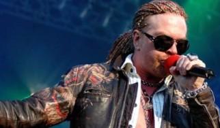 Κατάρρευση της σκηνής των Guns N' Roses στο Rio De Janeiro