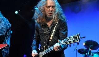 Με καρκίνο διαγνώσθηκε ο κιθαρίστας των Thunder