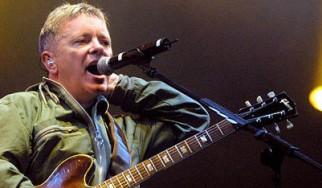 Επανένωση των New Order για δύο συναυλίες, χωρίς τον Peter Hook