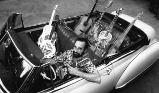 Έφυγε από τη ζωή ο διάσημος κιθαρίστας και μουσικός μελετητής Bob Brozman