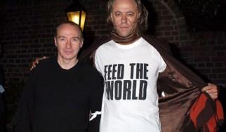"""O Bob Geldof ξαναηχογραφεί το """"Do They Know It's Christmas?"""" στην 30ή επέτειό του"""