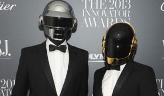 'Επεσαν οι «μάσκες» των Daft Punk (photo)