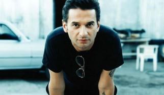 Dave Gahan: Η φωνή των Depeche Mode σε νέα δισκογραφική συνεργασία με τους Soulsavers