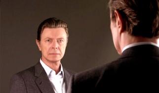 «Ο νέος δίσκος του David Bowie είναι εντελώς παλαβός»
