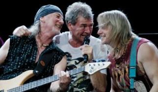 Ένας Blackmore στη σκηνή με τους Deep Purple