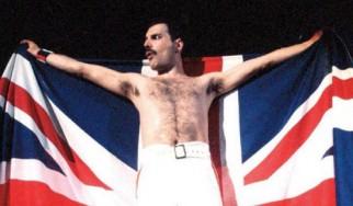 Best των Queen με τρία ακυκλοφόρητα του Freddie