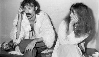 Πέθανε η χήρα του Frank Zappa