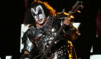 Διαβάστε τη λίστα του Ultimate-Guitar με τους μεγαλύτερους ποζεράδες της rock μουσικής