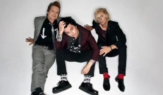 """Οι Green Day κυκλοφορούν το video του """"Troublemaker"""""""