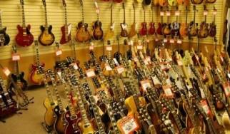 Τα δέκα πιο διάσημα τραγούδια για τζαμάρισμα σε μαγαζί με κιθάρες