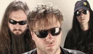 Ο μπασίστας των Scorpions στον νέο δίσκο των Ελλήνων Hattie Green