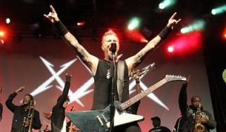 Διαθέσιμα (στην κανονική τους εκδοχή) δύο ακυκλοφόρητα κομμάτια των Metallica