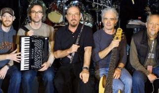 """Ολόκληρο το """"Thick As A Brick"""" στην περιοδεία του Ian Anderson / Έρχεται επετειακό box set του """"Aqualung"""""""