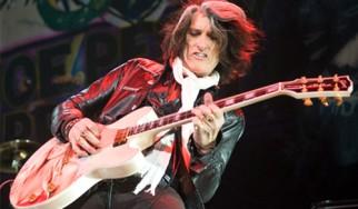 H αποτυχία δεν πτοεί τους Aerosmith