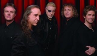"""O κιθαρίστας των Kansas μιλάει για το """"Dust In The Wind"""""""