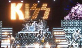 Οι Kiss είναι οι πρωτοπόροι των συναυλιακών show, σύμφωνα με τον Gene Simmons