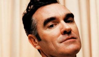 Morrissey: «Αν περισσότεροι άντρες ήταν ομοφυλόφιλοι, δεν θα είχαμε πολέμους»