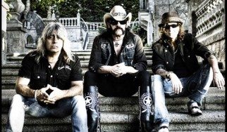 Επίσημες μπλούζες του μουντιάλ από τους Motorhead