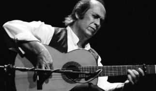 Έφυγε από τη ζωή ένας από τους σημαντικότερους κιθαρίστες φλαμένκο, ο Paco De Lucia