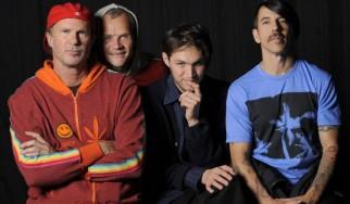 O Anthony Kiedis κάνει update στους νέους Red Hot Chili Peppers