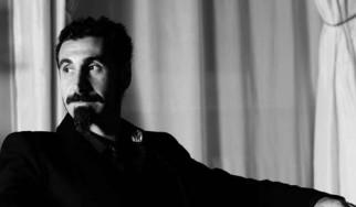 Δύο νέοι δίσκοι από τον Serj Tankian μέσα στο καλοκαίρι