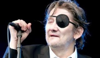 Johnny Depp: «Ο Shane MacGowan (The Pogues) είναι ένας από τους σημαντικότερους ποιητές του 20ου αιώνα»