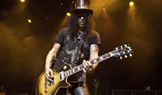 Ανακοινώθηκε το συγκρότημα για την περιοδεία του Slash