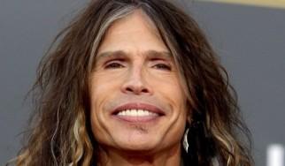 Steven Tyler: «Το American Idol αύξησε τις πωλήσεις των Aerosmith κατά 260%»