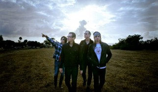 Οι Stone Temple Pilots στη σκηνή με τον Chester Bennington (Linkin Park)