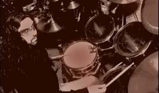 Έφυγε από τη ζωή ο Θάνος Παπαποστόλου (Vavoura Band)